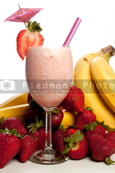 A delicious Strawberry Banana Smoothie or daiquiri