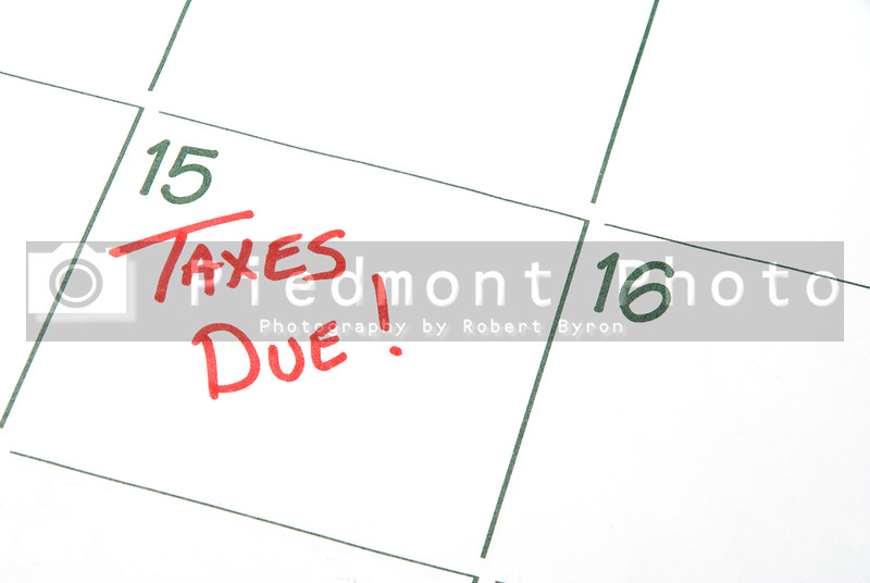 A calendar reminder that Taxes are Due