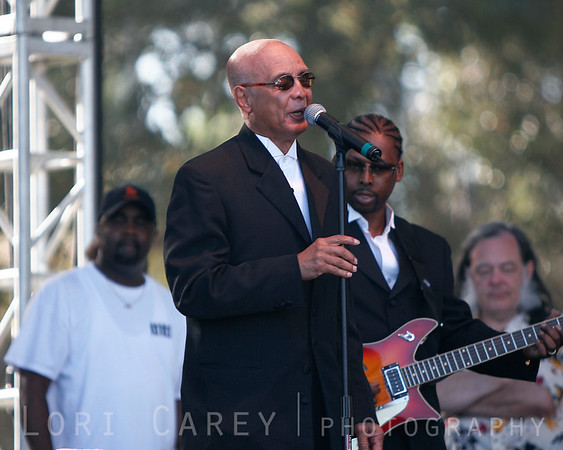 Jimmy Carter of the Blind Boys of Alabama at the Doheny Blues Festival in Dana Point, California on May 21, 2005.  Joey Williams is to the right playing guitar.