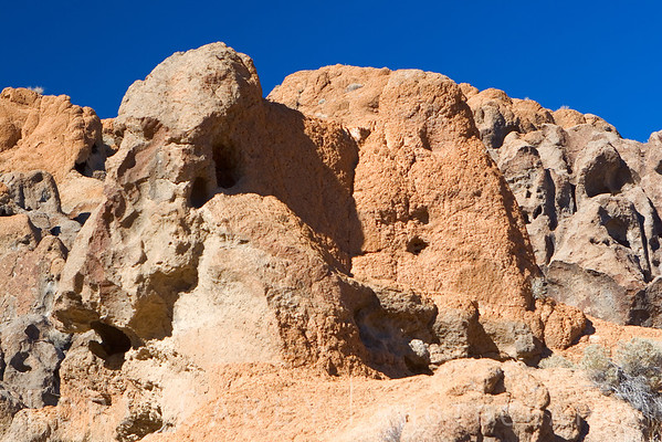 Tuff rock formations at Hole in the Wall, Mojave National Preserve