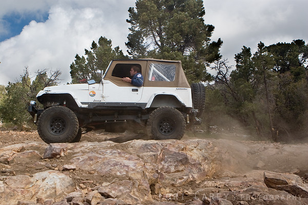Another one of the jeeps running with Gear Grinders on Gold Mountain