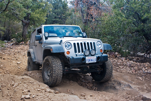 FunN4Lo wheeling his jeep through a rutted section of the Gold Mountain trail in Big Bear