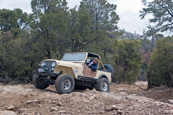Jeep on Gold Mountain trail