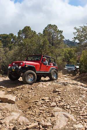 Jeeps on Gold Mountain trail in Big Bear, California