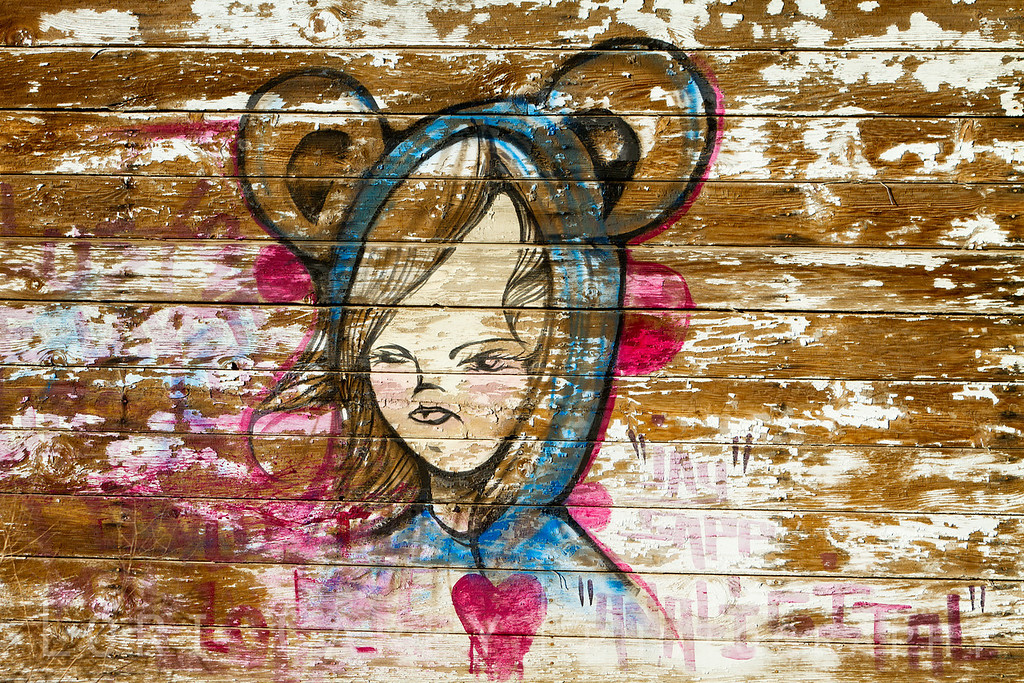 Graffiti, Bombay Beach, California