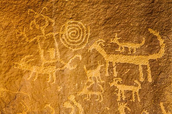 Ancestral Puebloan petroglyphs, Chaco Canyonal National Historical Park, San Juan County, New Mexico