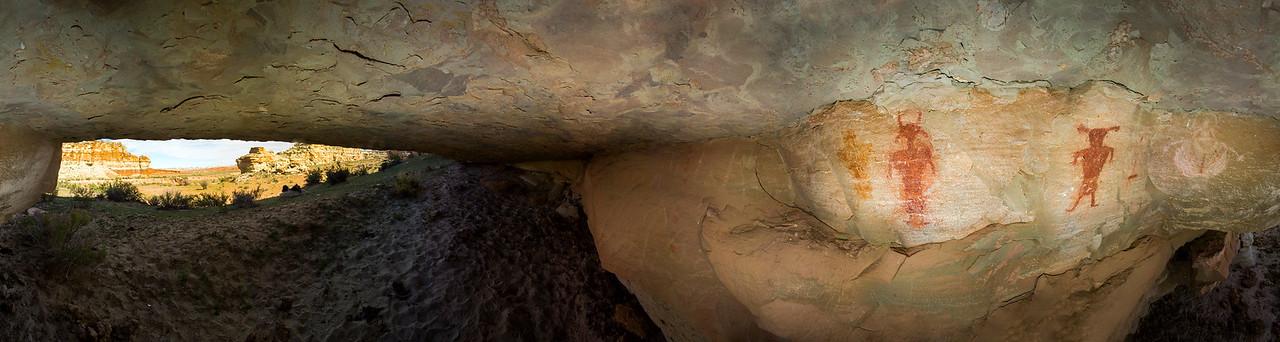 Fremont-era cavern pictographs, 360 Panorama, Molen Reef, Utah