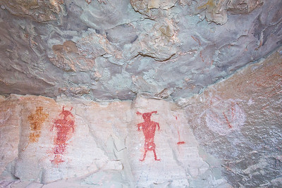 Fremont-era pictographs within a cavern, Molen Reef, Utah