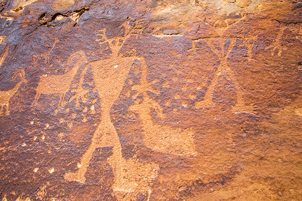 Fremont petroglyphs with anthropomorphs and bighorn sheep, Nine Mile Canyon, Utah