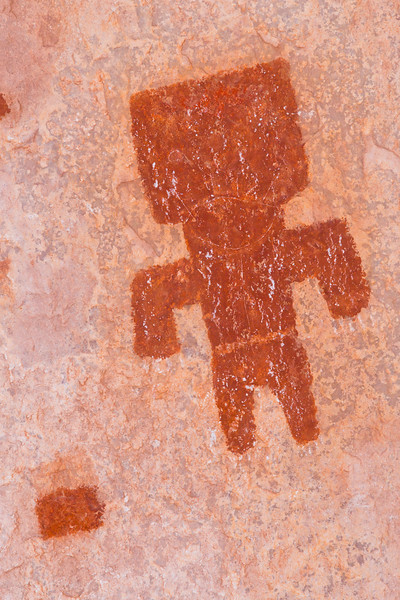 Cave Valley Style anthropomorph pictograph, Ancestral Puebloan, Kane County, Utah