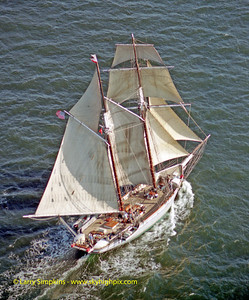 """Californian"" Great Chesapeake Bay Schooner Race, October 2000, Image #1233"