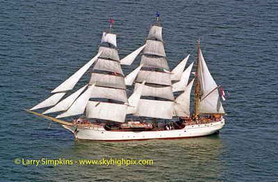 """Europa"" Chesapeake Bay, Virginia, June 2000, Image #1040"