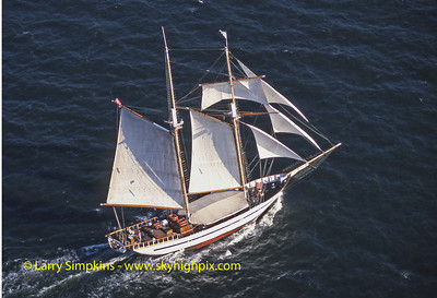 """Clipper City"" Great Chesapeake Bay Schooner Race, October 2000, Image #S1334"
