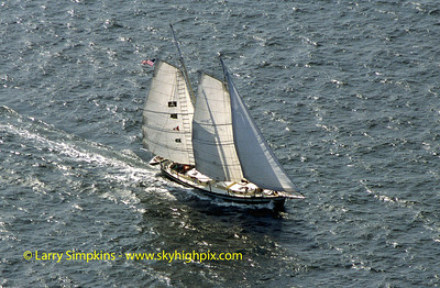 """Leopard"" Great Chesapeake Bay Schooner Race, October 2000, Image #S1301"