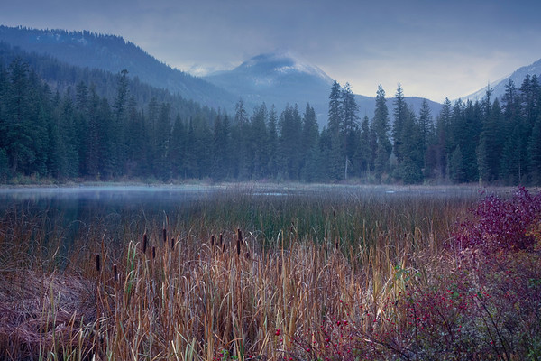 A Cold Autumn Morning At Black Pine Lake - Methow Valley, Washington State