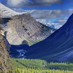 Endless views from the Icefields Parkway in Jasper National Park