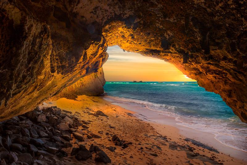 Secret Sea Caves At Mudjin Harbor - Secret Beach, Mudjin Harbor,  Middle Caicos, Turks And Caicos, Caribbean