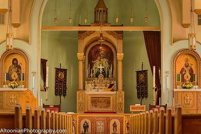 2016-04-24 - Holy Trinity Armenian Church Sanctuary - 11_HDR-2