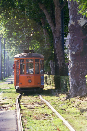 Milano - Italia - 2000 - ©Rawlandry