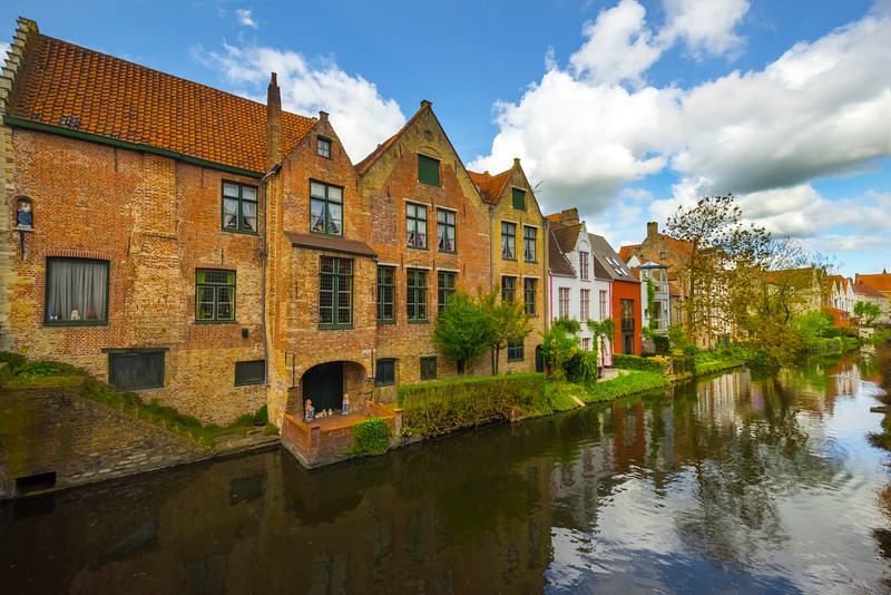 Brugge And Its History Along The Canals