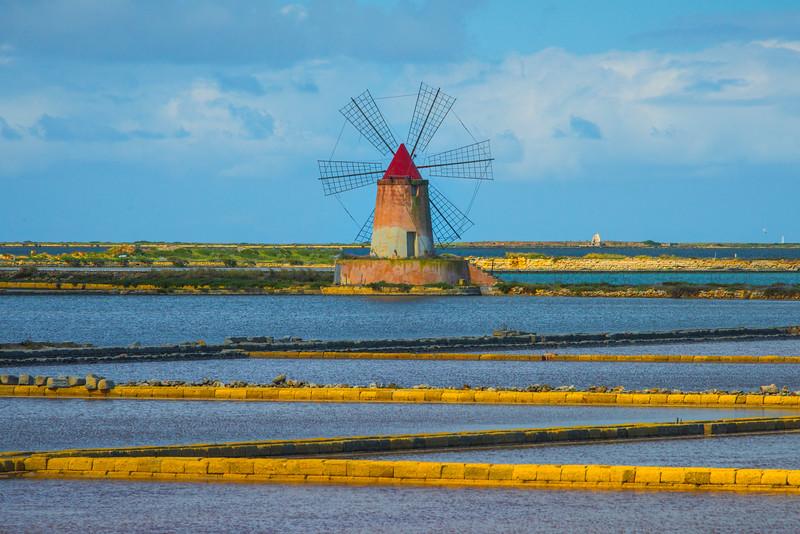 Marsala_Mozia_Windmills_3