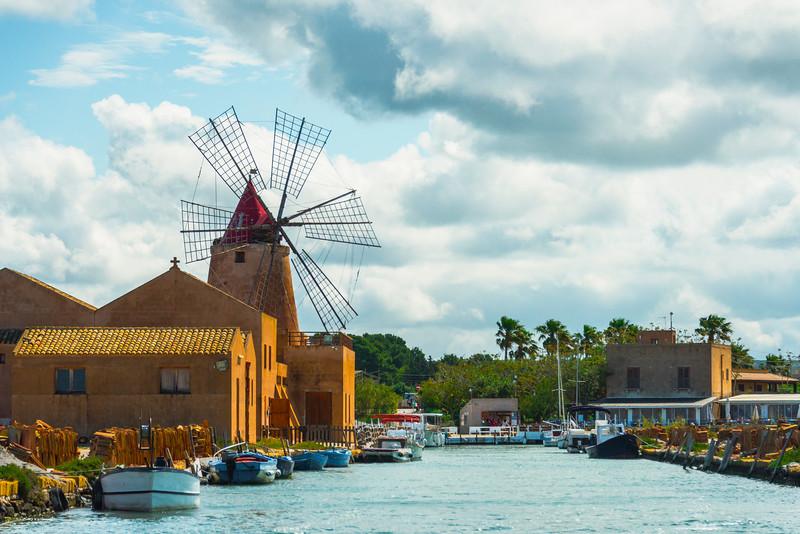 Marsala_Mozia_Windmills_5