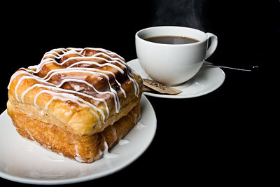 Cinnamon Roll & Hot Coffee  Dimensions: 3888 x 2592 Resolution: 240 dpi Size: 3.74MB