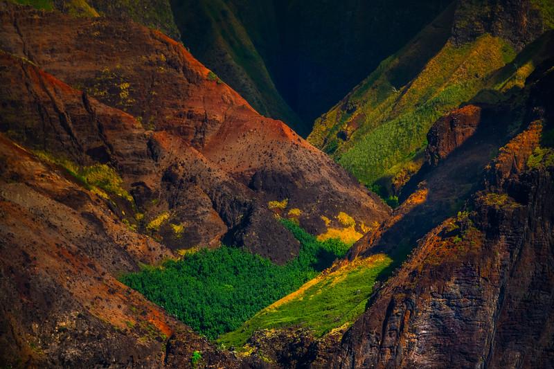 Overlapping Valleys Of Rock Inside The Na Pali - Na Pali Coastline, Kauai, Hawaii