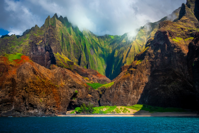Glancing Light Showcases Na Pali Spires - Na Pali Coastline, Kauai, Hawaii