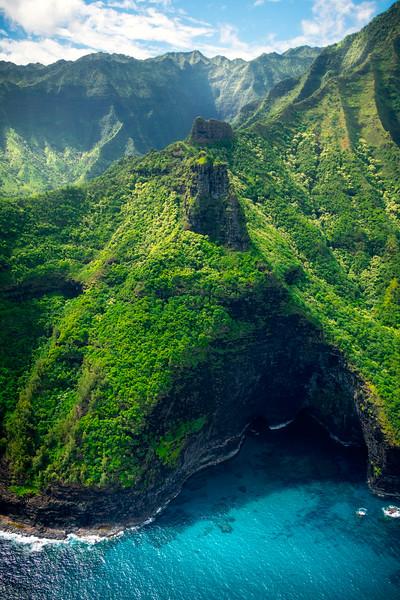 Inside The Na Pali Sea Caves - Na Pali Coastline, Kauai, Hawaii