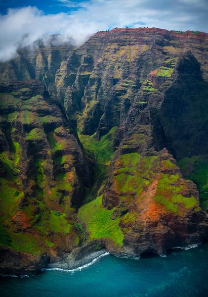 Looking Closer At The Small Corners Of The Na Pali Coast - Na Pali Coastline, Kauai, Hawaii