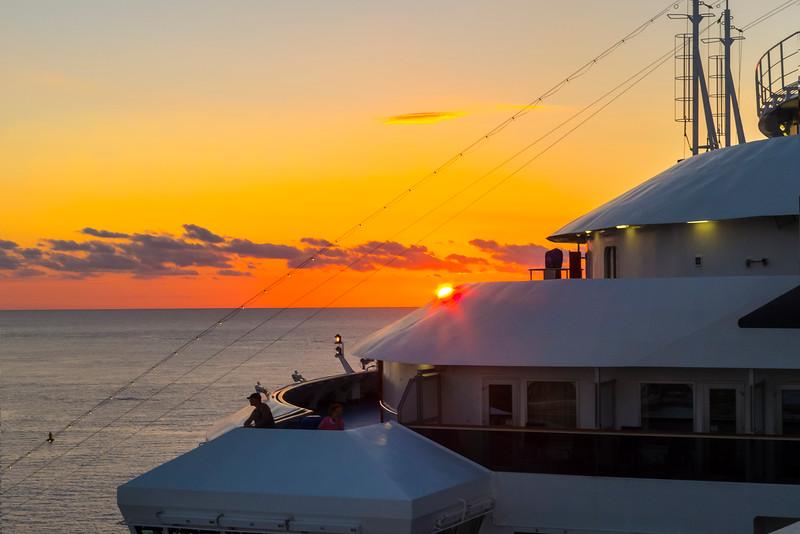 Sailaway Sunset In Cozumel