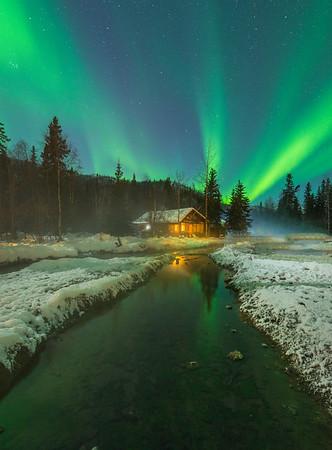 Cozy Warm Cabin Under The Lights -Chena Hot Springs Resort, Outside Fairbanks, Alaska