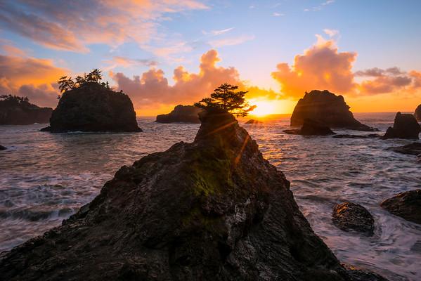 Sunburst At Secret Beach -Secret Beach, Southern Oregon Coast, Oregon