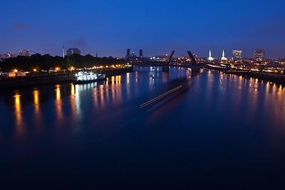Willamette_river_night