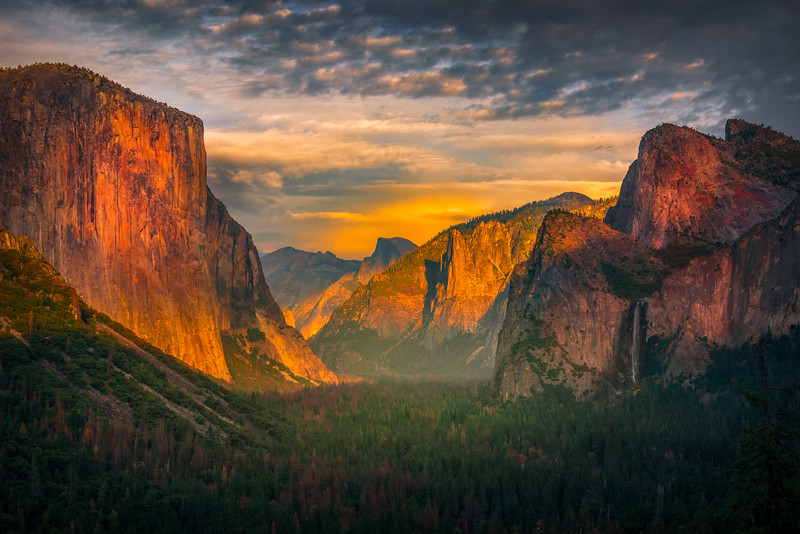 Tunnel View Sunset With Light - Lower Yosemite Valley, Yosemite National Park, CA