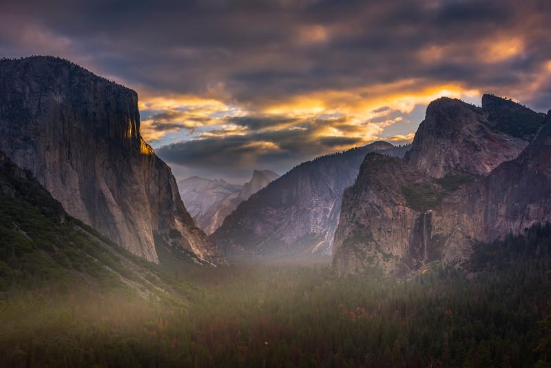 Sunset Light Streaking Through Yosemite Valley - Lower Yosemite Valley, Yosemite National Park, CA