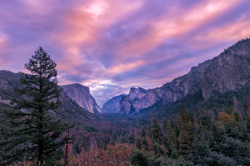 Sunrise Streaks Above The Yosemite Valley - Lower Yosemite Valley, Yosemite National Park, CA