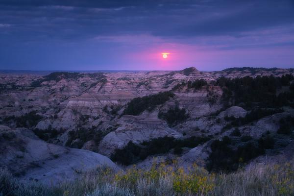 Full Moon Over Makoshika Stated Park - Makoshika State Park, Glendive, Eastern Montana