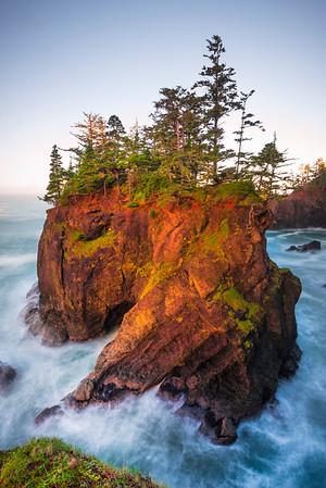 Samuel Boardman And First Light - Samuel Boardman State Park, Southern Oregon Coast
