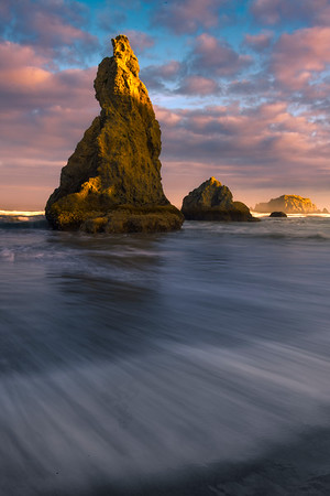 High Tide waves Crashing From All Sides - Bandon Beach, Oregon Coast