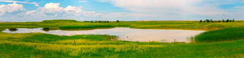 Pano Of Golden Yellow Lake - Badlands National Park, South Dakota