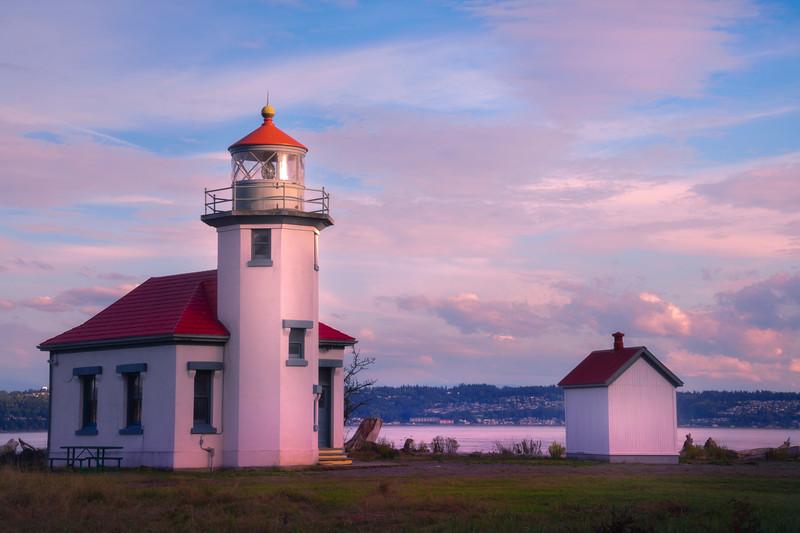 Point Robinson Lighthouse Near Sunset