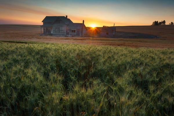 The Weber Barn At Sunrise