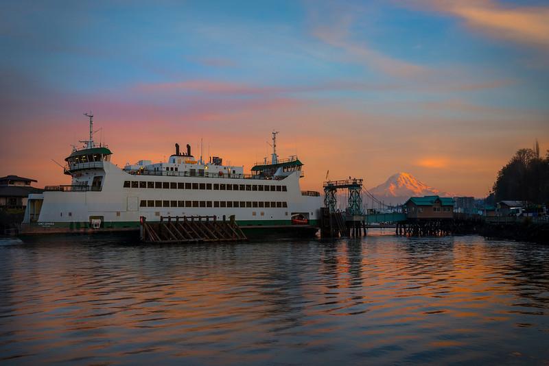 Vashon Ferry From Point Defiance Park With Mt Rainier - Tacoma, Washington