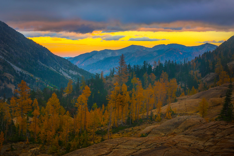 Sunset Over The Alpine Lakes Wilderness - Mt Stuart, Lake Ingalls, Alpine Lakes Wilderness, WA
