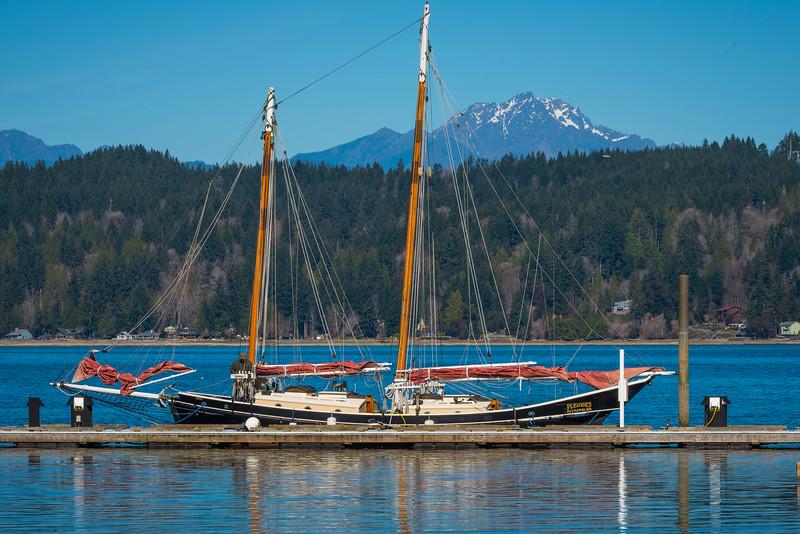 Sailing In Harbour - Alderbrrok Resort & Spa, Union, Washington