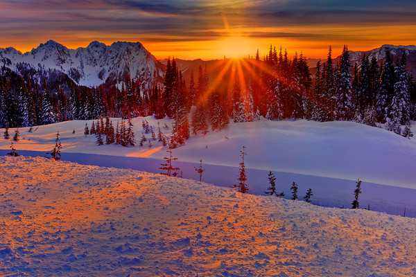 Sunset At Mt Rainier National Park From Paradise Area