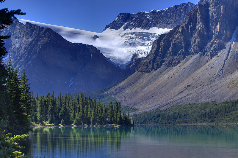 The prsitine waters of Bow Lake along the Icefields Parkway in Banff National Park