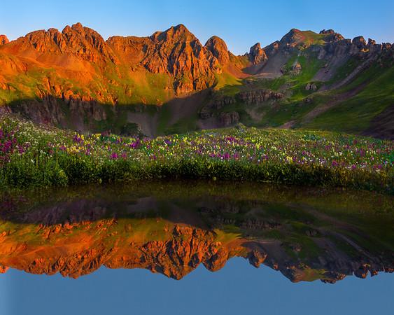 Island Of Color Amongst The Giants - Sliverton, Colorado